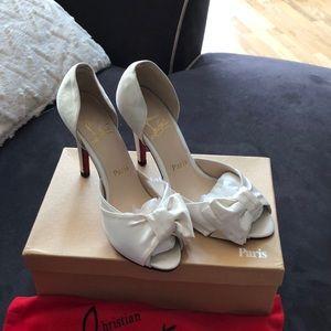Shoes - Ivory heels open toe